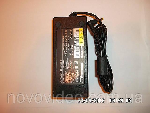 Источник питания 12 В , 4 А импульсный  для камер наблюдения светодиодных лент .