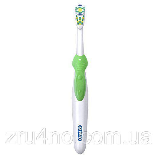 Зубная щетка Oral-B Cross Action 3D White