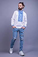 Вышитая мужская сорочка с синим орнаментом