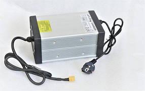 Зарядний пристрій CC/CV 54,6V15A