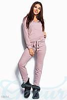 Розовый прогулочный спортивный костюм