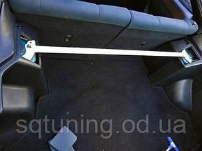 Задняя верхняя распорка стаканов Subaru Forester 02-08 TurboWorks