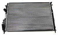 Радиатор охлаждения Renault Megane 1999-2003 (1.6 1.9) 585*415мм по сотах