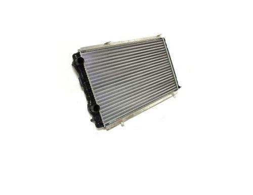 Радиатор охлаждения Citroen Jumper 1994-2002 (1.9TD) 700*418мм по сотах KEMP