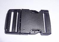 Карабин пластиковый 3 см. черный