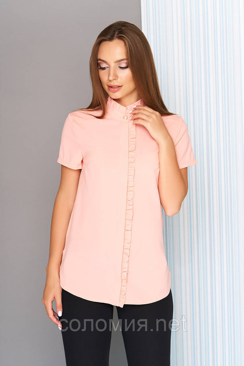 Елегантна літня блуза з притачной рюшів по коміру 44-50р
