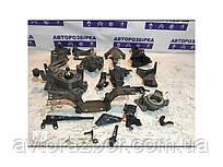 Кронштейн двигуна мотора КПП ТНВД Кенго ll 2 97-07 08-12 1.5dci запчастини Renault Kangoo