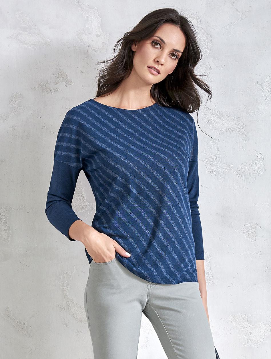 Блуза женская темно-синего цвета в косую полоску. Модель V31 Sunwear.