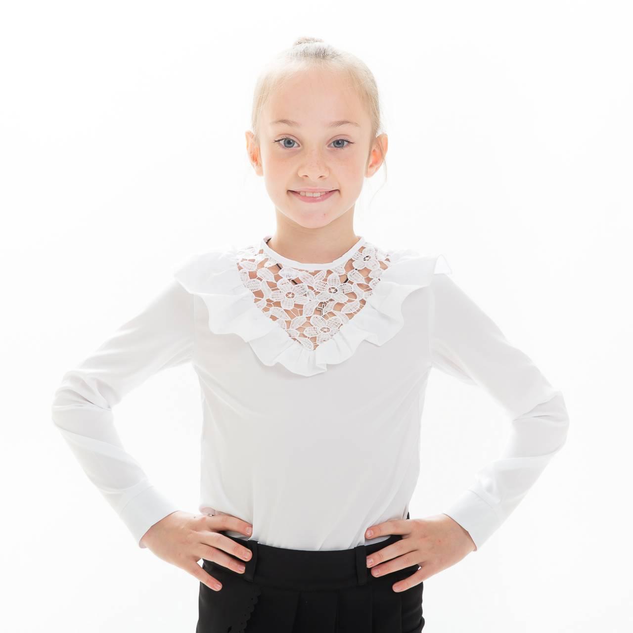 c4453c48a27 Красивая школьная блузка на девочку Рюша  продажа
