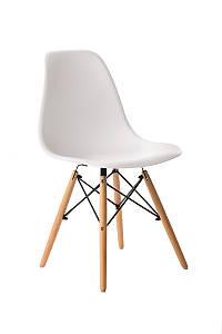 Пластиковый стул M-05 белый от Vetro Mebel + буковые ножки