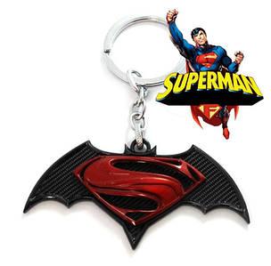 Брелок Супермен против Бэтмена Superman Batman  DC комиксы красный