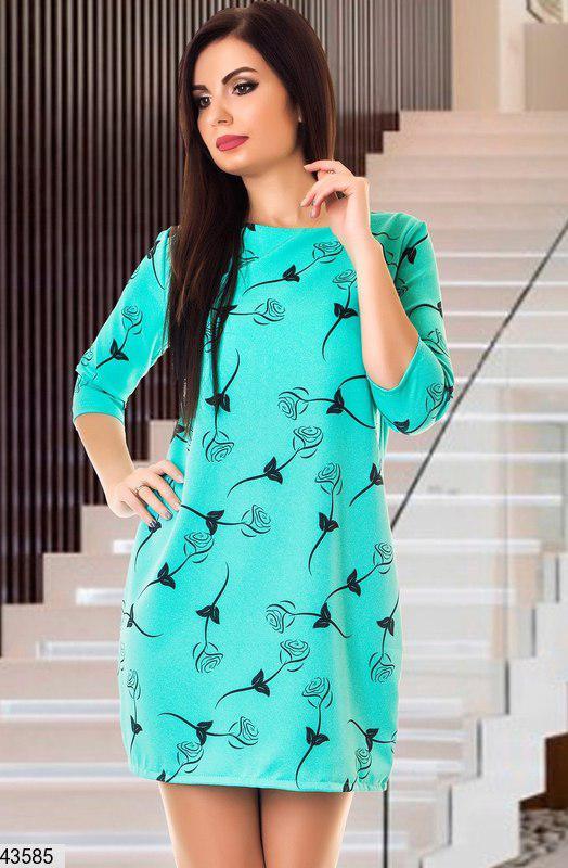 Модное платье короткое прямого кроя рукав три четверти принтованое ментоловое