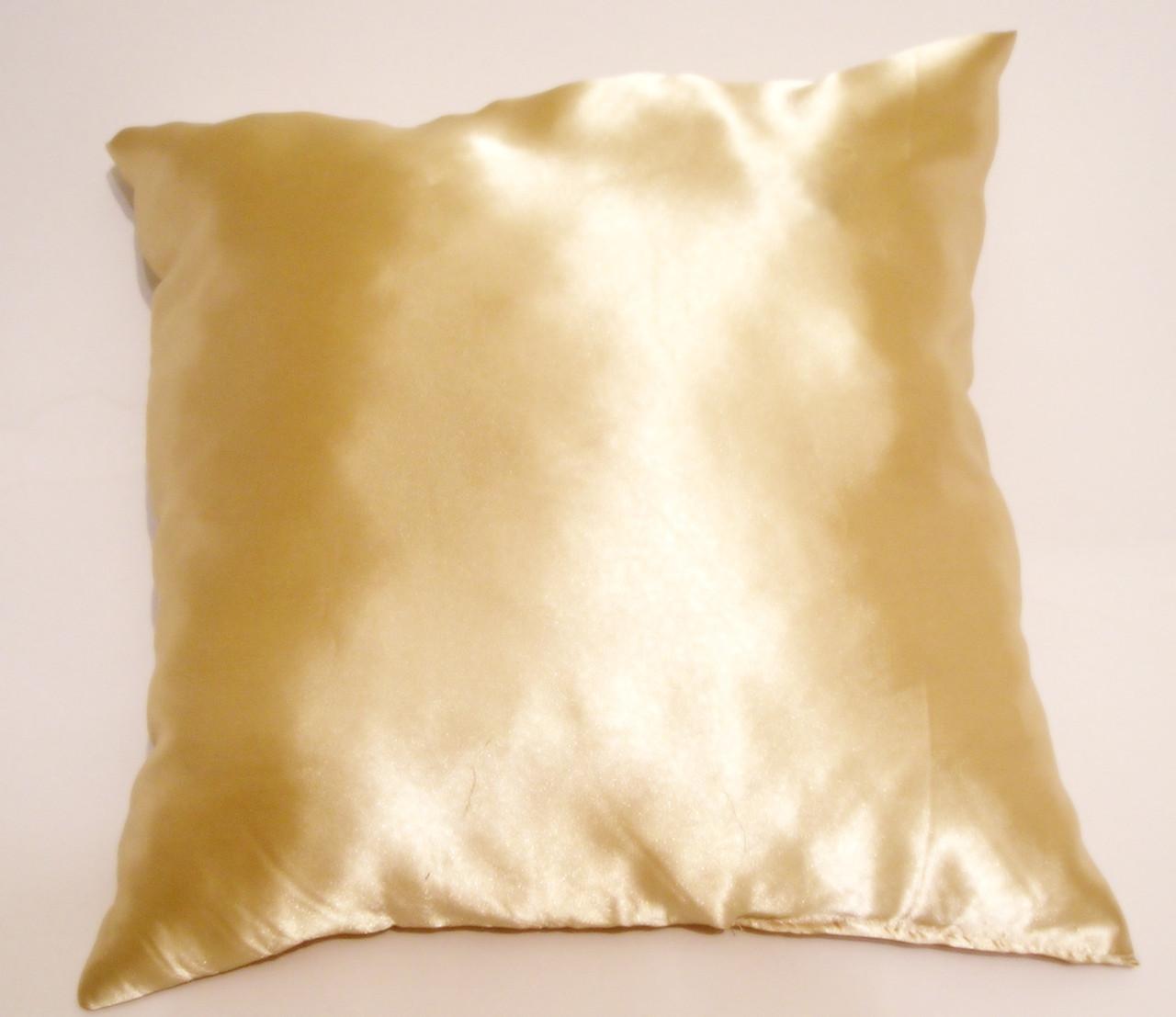 Атласная подушка 50х50
