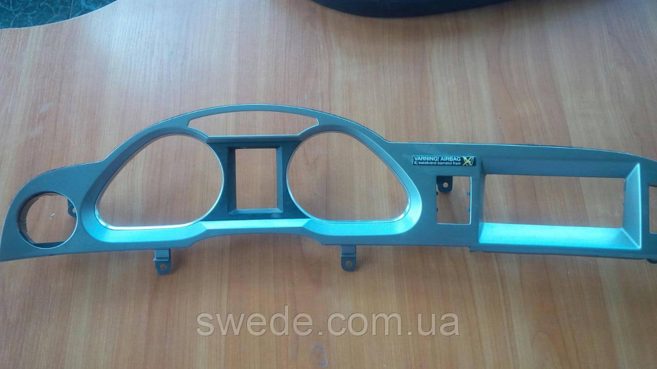 Рамка спидометра AUDI A6