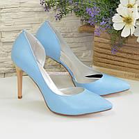 Женские кожаные туфли на шпильке, цвет голубой