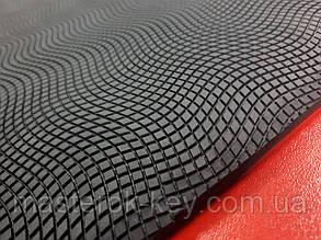 Резина набоечная РЕПТИЛИЯ Украина 400*400*7,5 мм цвет черный