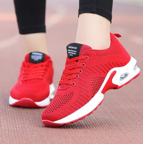 Жіночі кросівки. Модель 6519