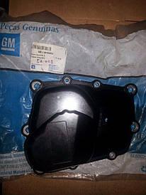 Крышка КПП (пластиковая) с прокладкой GM 0706005 94724818 F13, F17