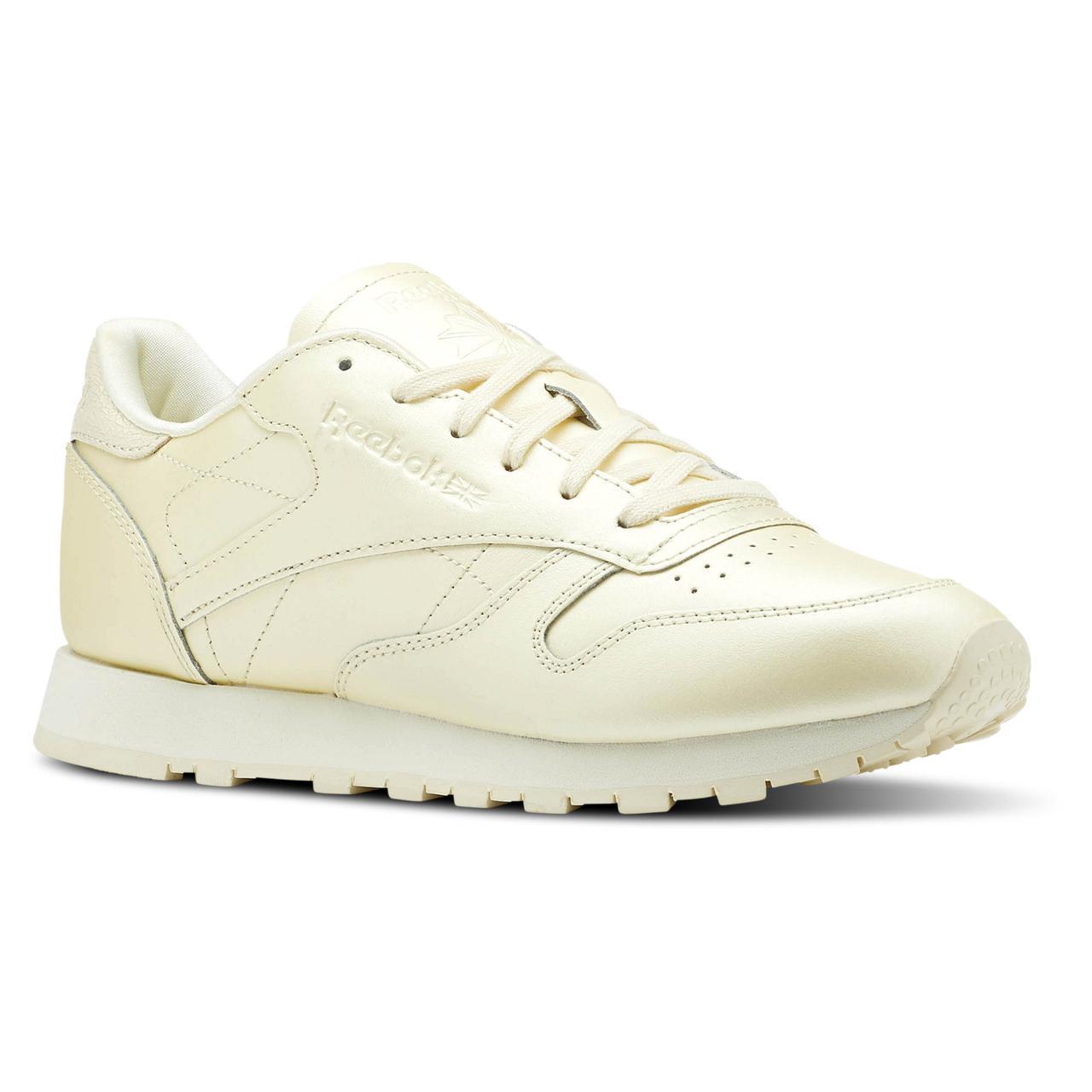 52087600 Купить Женские кроссовки Reebok Classic Leather (Артикул: CN5469) в ...