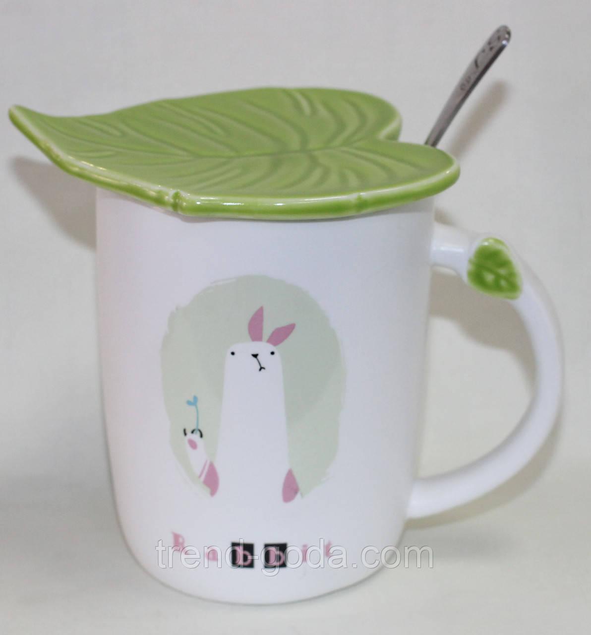 Кружка керамическая белая, Кролик, с ложкой и крышкой