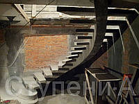 Бетонная косоурная лестница для дома