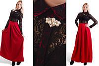 Платье С жемчужной брошкой