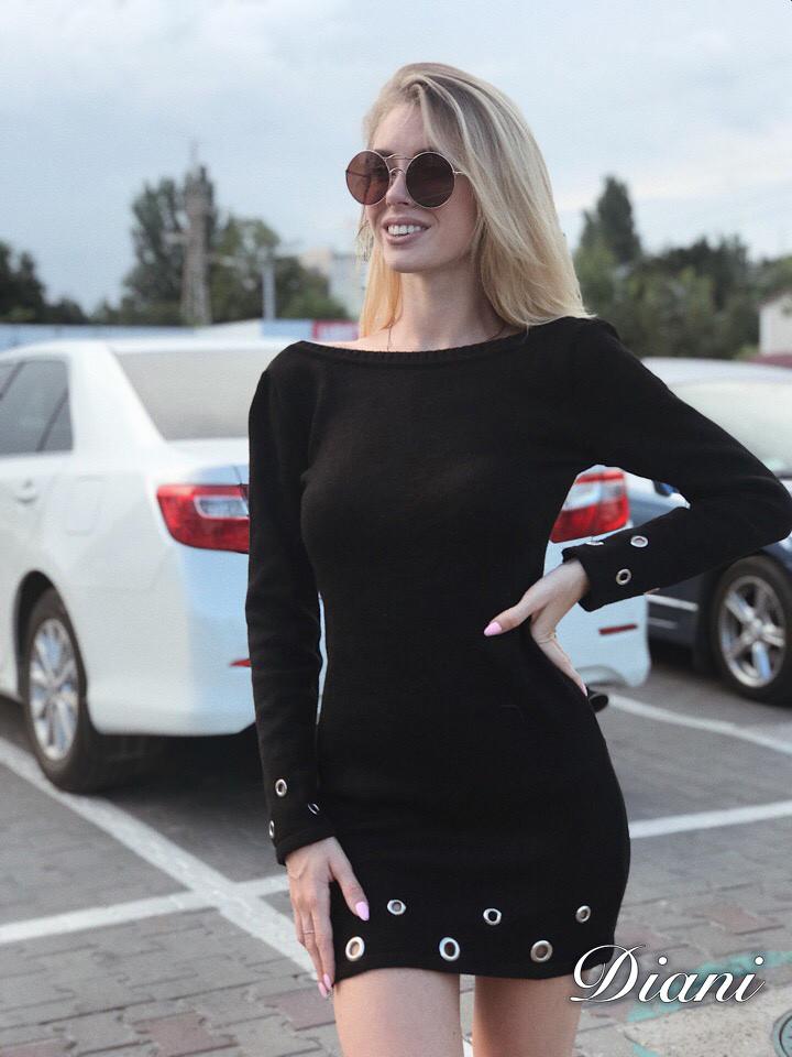6f6bbd2aea3 Короткое вязаное чёрное платье с длинным рукавом и открытой спиной ...