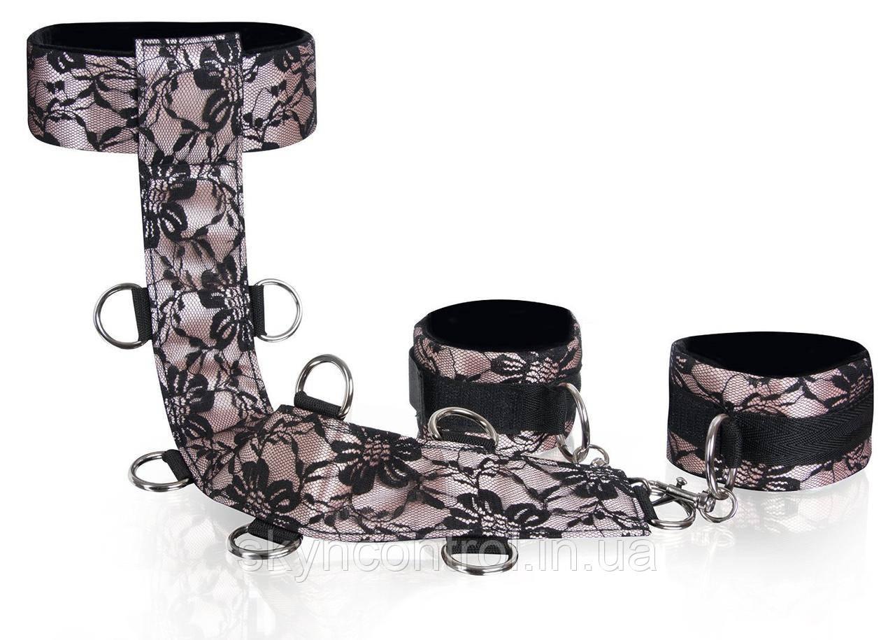 Deluxe Neck & Wrist Cuffs Набор шнуров для любви с украшением из благородных кружев