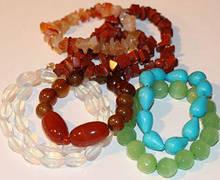 Натуральні камені і перли, біжутерія