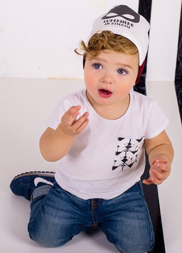 Трикотажная шапка для мальчика с завязками ДЕМБОХАУС р -ры 44