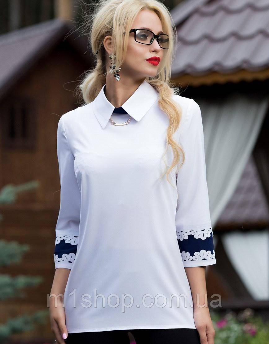Женская белая блузка с узорами на манжетах (1826-1827 svt)