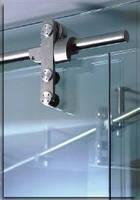 Откатные стеклянные двери с открытым рельсом