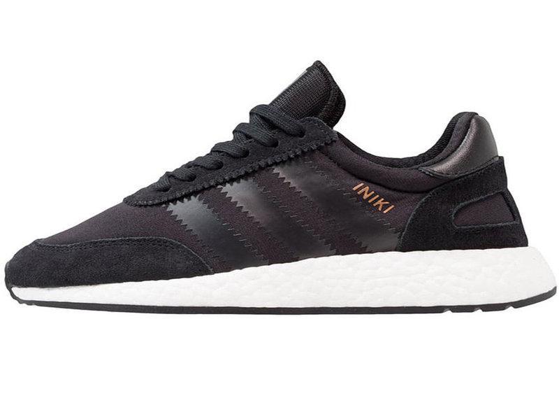 Женские кроссовки Adidas Iniki runner black white
