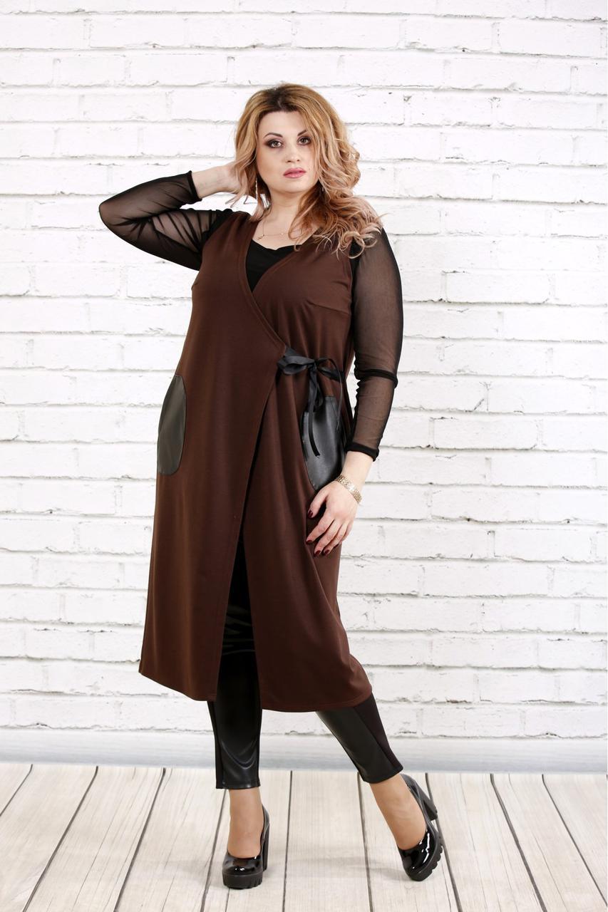 Женская удлиненная жилетка на запахе с карманами 0784 / размер 42-74 / цвет шоколад
