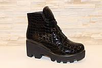 Ботинки женские черные лаковые Д547