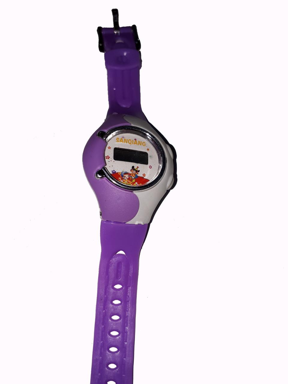 Часы электронные, детские. Фиолетовый