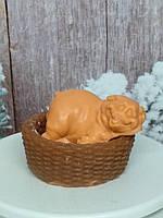 Новогодний оранжевый поросенок в корзинке, рождественский подарок любимым, мыло ручная работа
