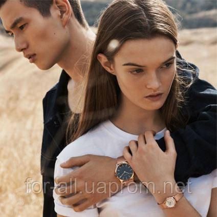 Фото мужчины и женщина с часами