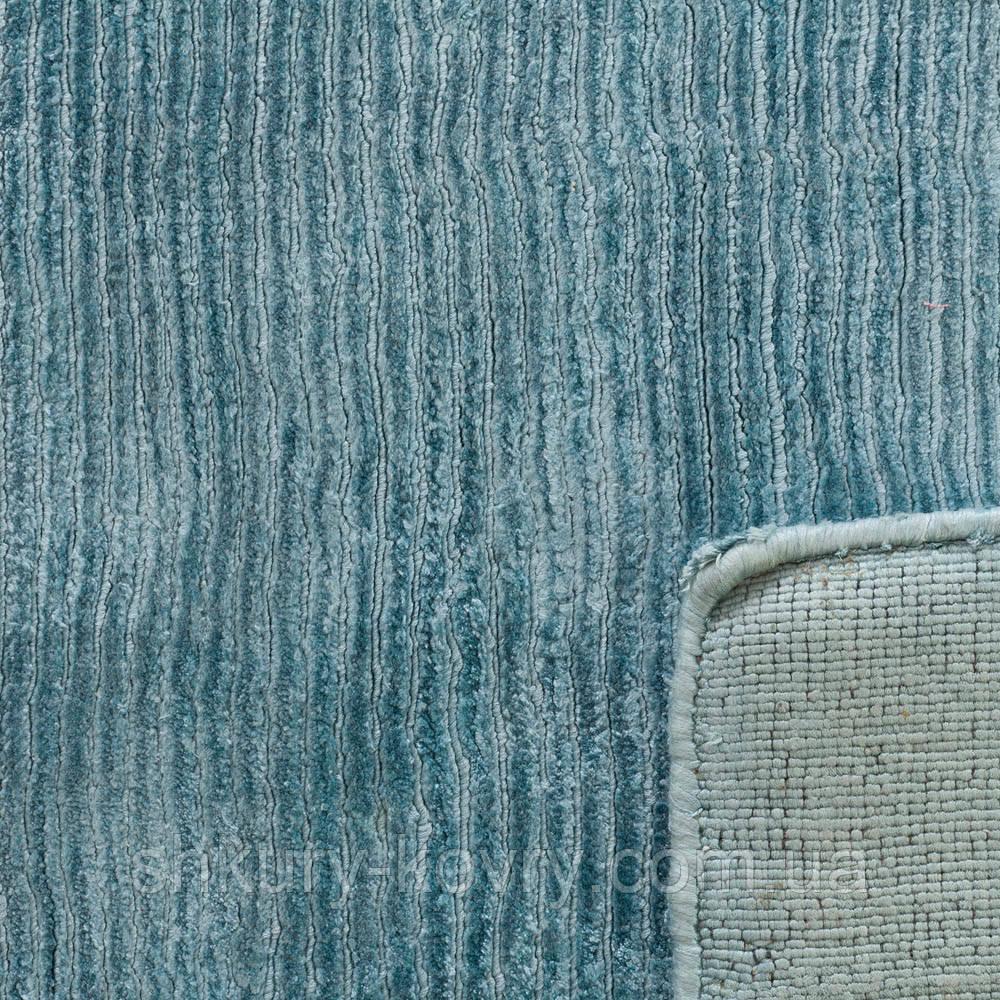 Толстые мягкие ковры из натуральных материалов голубого цвета