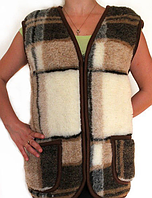 Женская теплая жилетка из овечьей шерсти - клетка