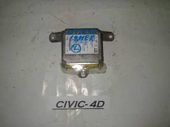 Блок управления AIRBAG Honda Civic 4D (FD) 06-11 (Хонда Сивик 4Д)  77960-SNB-G215-M1