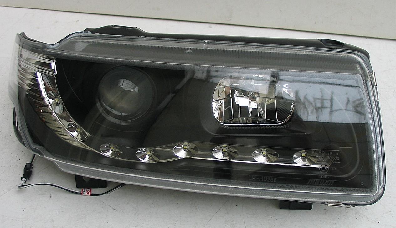 Volkswagen Passat B4 оптика передняя черная