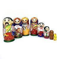 Матрешка в подарок из дерева Украинская семья 5 в 1