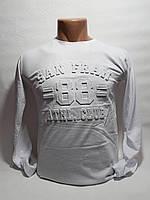 Батник для мальчика на 11-15 лет белого цвета с надписью оптом