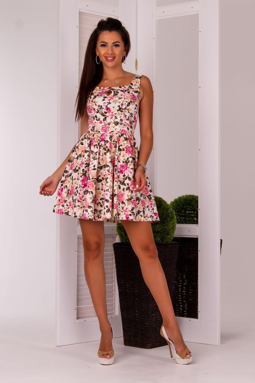 0228d02f96f Приталенное летнее мини-платье в цветочек