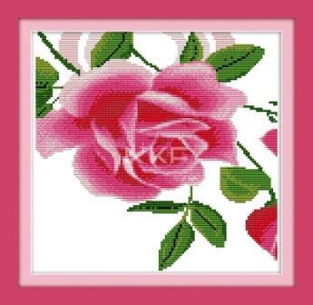 Часы . Роза G052 Набор для вышивания крестом с печатью на ткани c механизмом 11ст