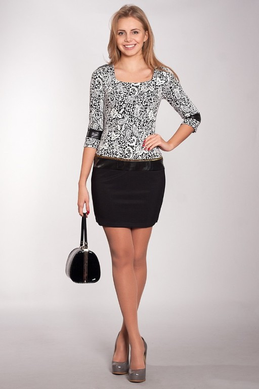 f7ff3cae232f Модное стильное молодежное платье от производителя  продажа, цена в ...