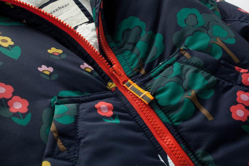 молния на детской куртке