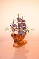 Корабль с сиреневыми парусами