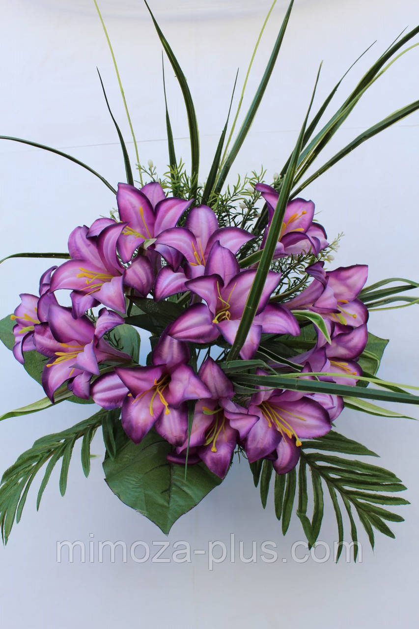 Искусственные цветы - Ритуальный букет лилия с папоротником